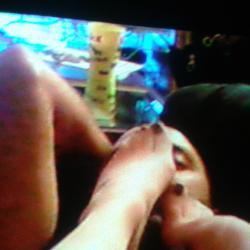 Massage et sentir vos pieds mesdemoiselles! !